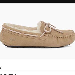 Ugg Dakota Slippers size 5